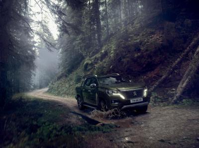 Peugeot Landtrek | Les photos du pick-up pour les marchés africains