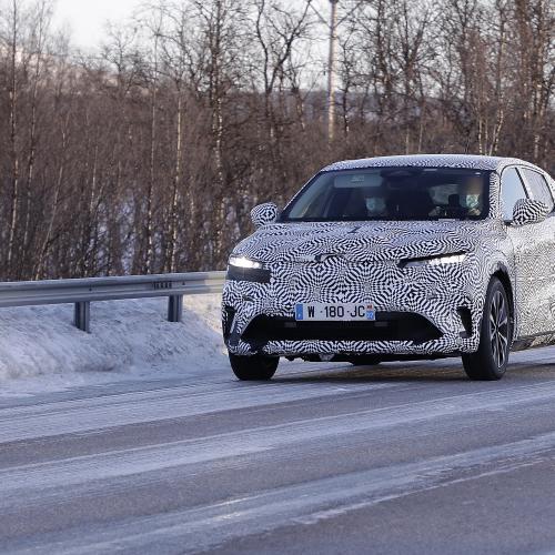 Renault Mégane électrique (2021)   la compacte repérée en Suède