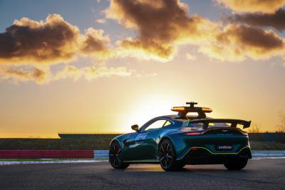 Aston Martin Vantage et DBX | Les photos des nouvelles Safety Car britanniques