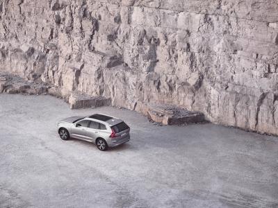 Volvo XC60 (2022) | Les photos du SUV légèrement retouché