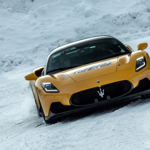 Maserati MC20 | Les photos de la supercar sur piste enneigée