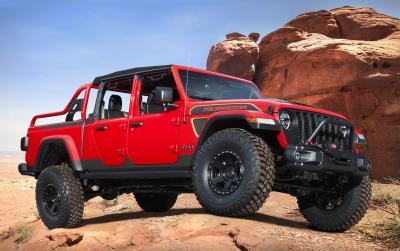 Jeep Red Bare Gladiator Rubicon | Les photos du pick-up personnalisé