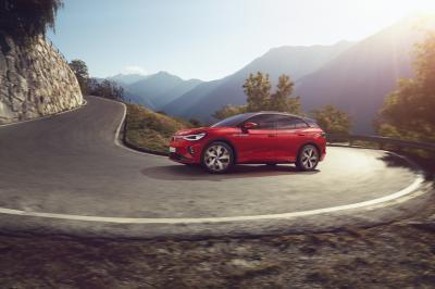 Volkswagen ID.4 GTX (2021)   Les photos du SUV électrique sportif
