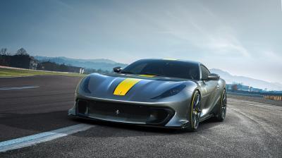 Ferrari 812 Competizione (2021) | Les photos du bolide et de sa variante Targa