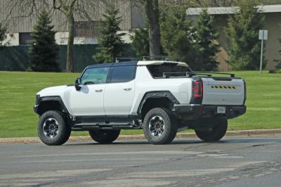 GMC Hummer EV Edition 1 | Les premiers spy shots du pick-up sur la route