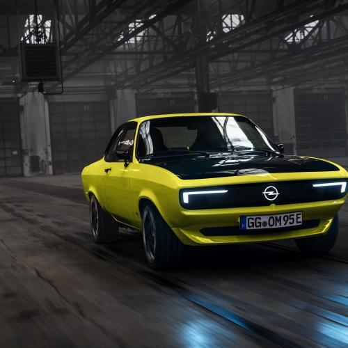 Opel Manta GSe ElektroMod   Les photos officielles
