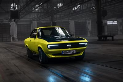 Opel Manta GSe ElektroMod | Les photos officielles