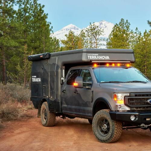 EarthCruiser Terranova | Les photos du camping-car off-road sur Ford, Chevy, et RAM