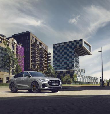 Audi e-tron S line black edition   Les photos des SUV 100% électriques
