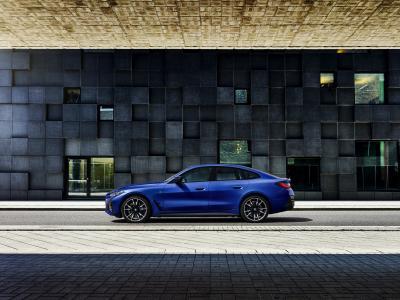 BMW i4 (2021)   Les photos des deux versions de lancement