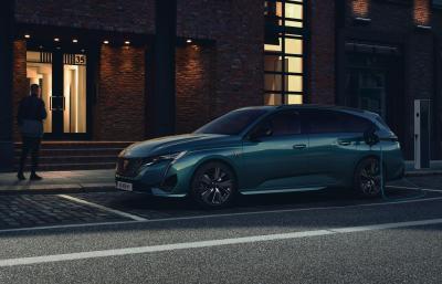 Peugeot 308 SW (2021)   Les photos du nouveau break compact Made in France