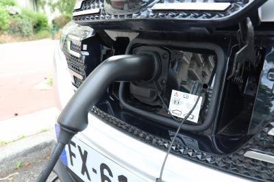 L'électrique au quotidien | Dacia Spring vs Renault Twingo Electric