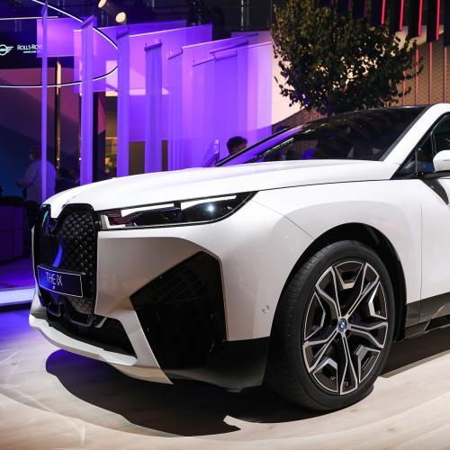 BMW iX (2022)   Nos photos du grand SUV au Salon de Munich 2021