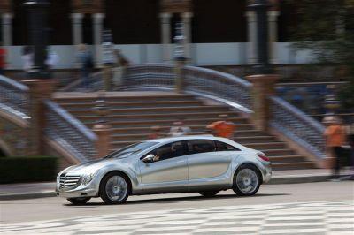 Les Mercedes de demain à l'essai