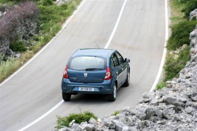 Dacia Sandero 1.6 MPI 90