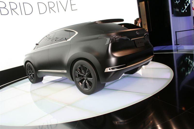 Lexus LF-Xh