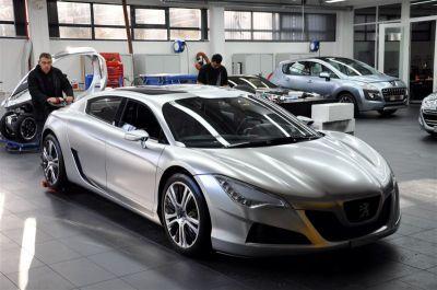 Peugeot RC HYbrid4