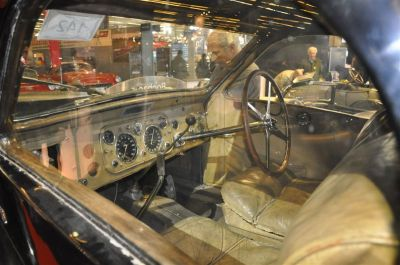 La Bugatti oubliée dans un garage