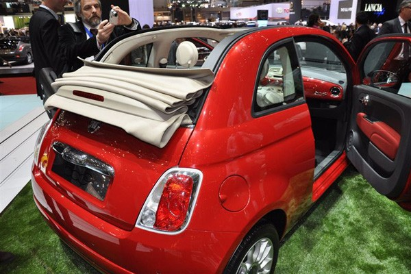 albums photos fiat 500 cabriolet. Black Bedroom Furniture Sets. Home Design Ideas