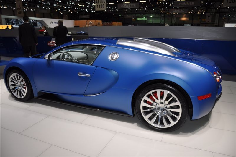 albums photos bugatti veyron bleu centenaire. Black Bedroom Furniture Sets. Home Design Ideas