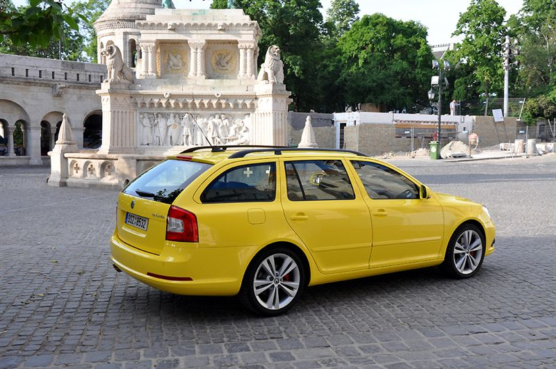 albums photos essai skoda octavia combi rs 2009. Black Bedroom Furniture Sets. Home Design Ideas