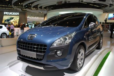 Peugeot 5008 Hybrid 4