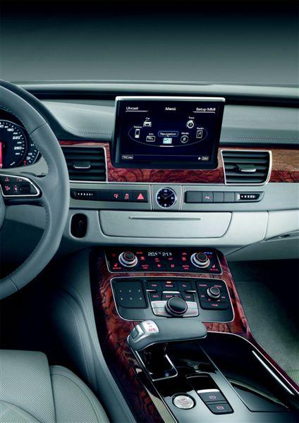 Audi A8 (2010)