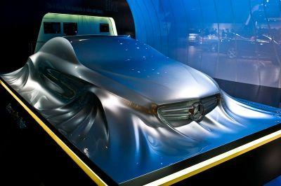 Sculpture future Mercedes CLS