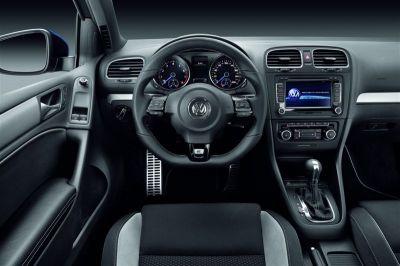 Volkswagen Golf R 2010