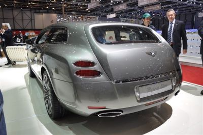 Bentley Continental Flying Star par Touring