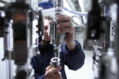 Visite du centre d'essais énergie et environnement BMW