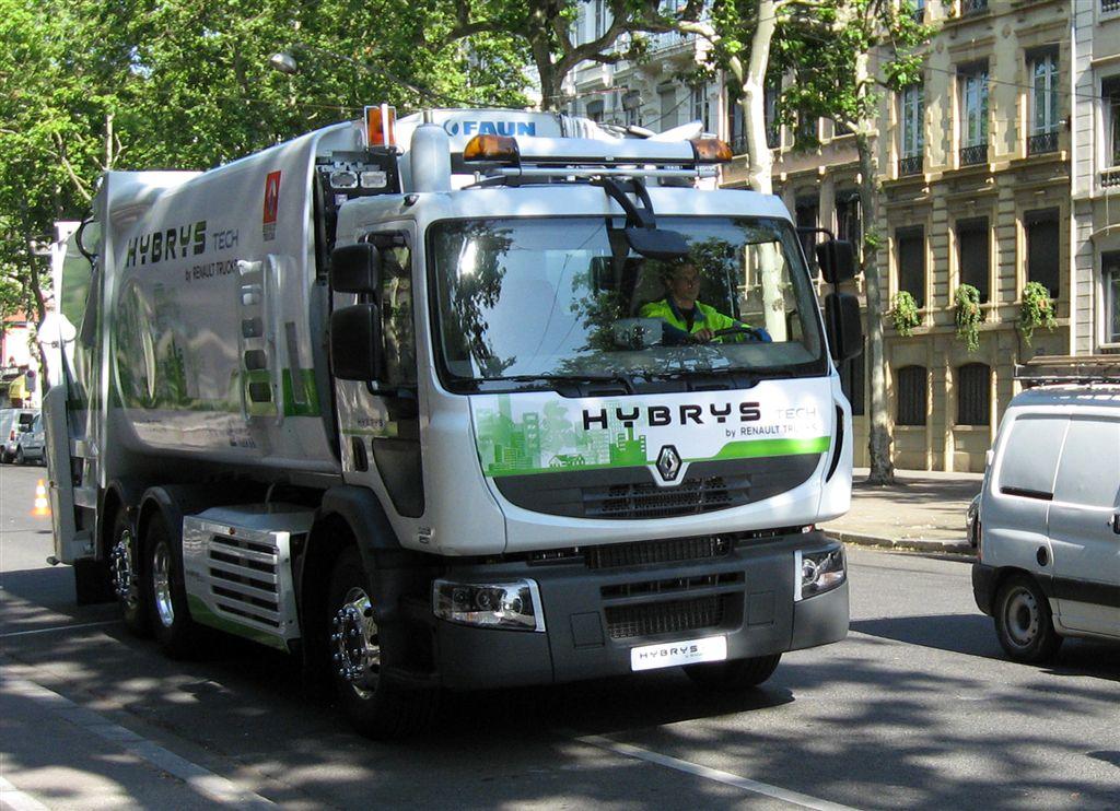Utilitaires hybrides Renault Trucks