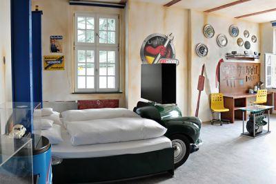 Hôtel V8