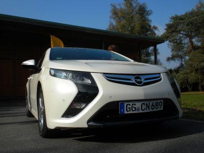 Opel Ampera à Mortefontaine
