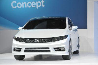 Honda Civic Concept Sedan et Si Concept Coupe