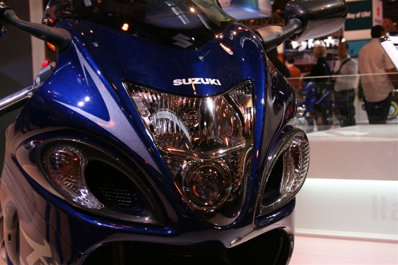 Suzuki Hayabusa 1300 : la bombe asiatique