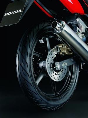 Honda CBR 125 R : pour apprenti pilote