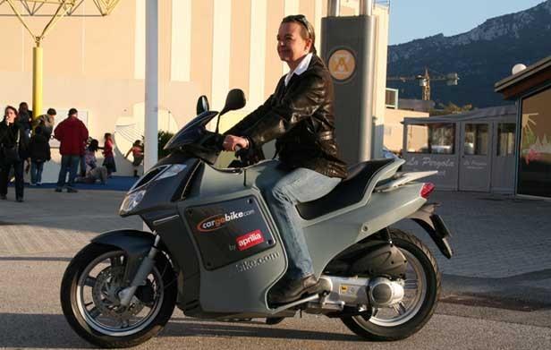 kymco cv3 - Le Kymco CV3 pour bientôt ? Normal-aprilia-cargo-bike-le-scooter-fourgon