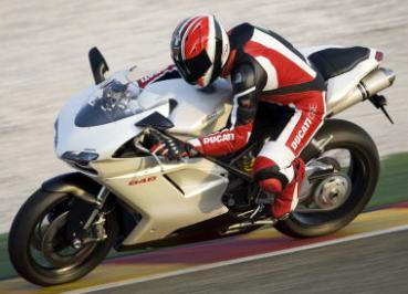 Ducati 848 : digne remplaçante de la 749