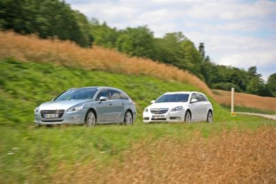 Peugeot 508 SW HDI140 / Opel Insigna Sports Tourer TDCI 160