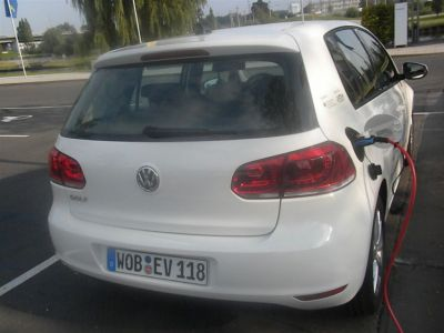Volkswagen Golf Blue e-Motion