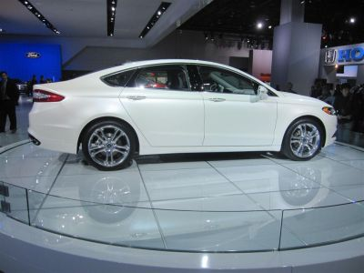 Ford Fusion Detroit 2012 live