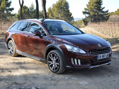 essai peugeot 508 rxh hybrid4 l 39 hybride en toutes circonstances. Black Bedroom Furniture Sets. Home Design Ideas