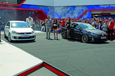 Volkswagen Golf GTI Black Dynamic et Concept White
