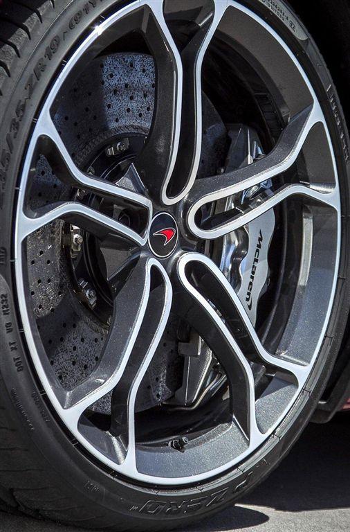 McLaren MP4-12C 2012