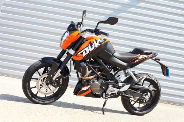 albums photos ktm duke 200 la 125 plus. Black Bedroom Furniture Sets. Home Design Ideas