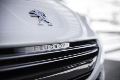 Peugeot RCZ restylé