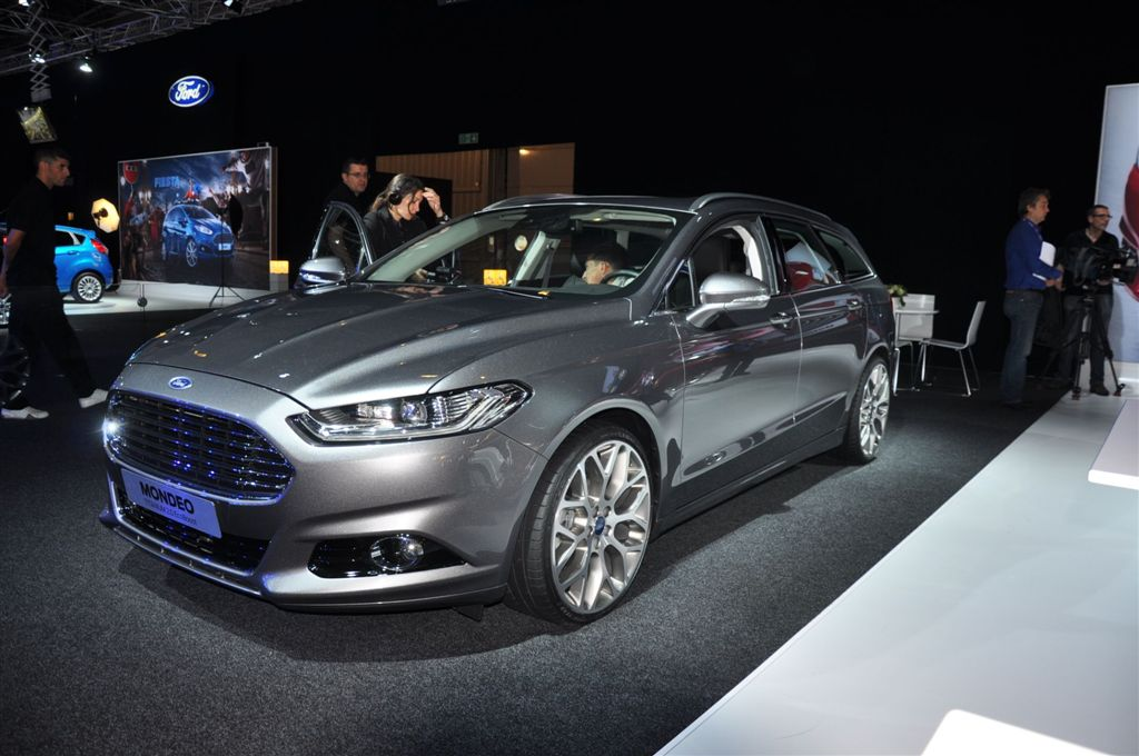 photos ford mondeo sw autodeclics. Black Bedroom Furniture Sets. Home Design Ideas