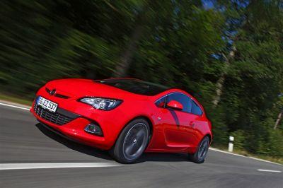 Opel Astra GTC CDTI 195 ch Biturbo