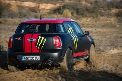 Le MINI Countryman d'assistance au Dakar